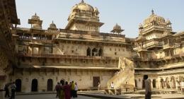 Jhansi, Lucknow