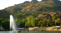 Mount Abu, Inns