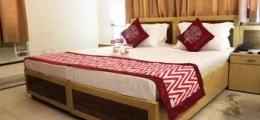 OYO Rooms Near Huda City Centre