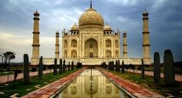 Agra, Lucknow