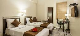OYO Rooms MI Road Extension
