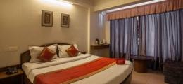 OYO Rooms Lal Kothi Shopping Center