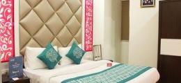 OYO Rooms Arakashan Road 7875
