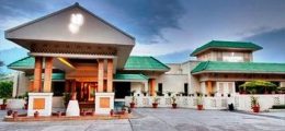 Country Inn & Suites by Carlson, Vaishno
